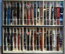 Lot de 36 bracelets montres anciens, neufs, dans leurs jus pour collection