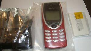 Handy Nokia 8210 , Farbe Rot , Ohne Simlock , Neu