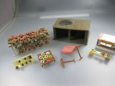 Faller/Kibri : Stall with Sale Bude, Verkaufstischen and Blumendurchgang (Holz5)
