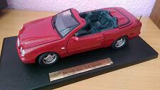 Mercedes Benz CLK Cabrio W208 auf Platte von Anson in 1:18 mit Stoffdach rot