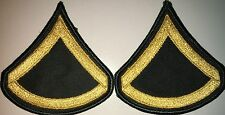 US ARMY CLASS A E3 PRIVATE FIRST CLASS PFC GOLD&GREEN PATCH 1 PAIR NEW (HG15)