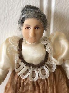 Dolls house miniature 1:12 elderly lady doll