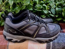 Oakley Men's Athletic Hiking Trail Shoes~Size-11~Very Fine Condition~Must See!