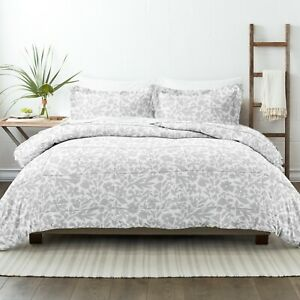 Home Collection Premium Down Alternative Abstract Garden Patterned Comforter Set