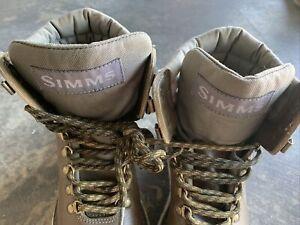 SIMMS Freestone Men's 8 Brown Felt Bottom Fly Fishing Wading Boots, Youth, Women