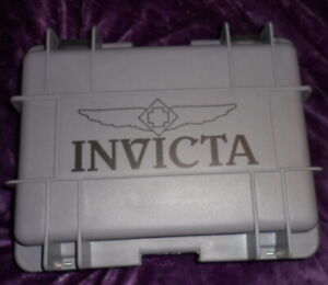 Invicta 8 Slots Impact Diver Green & Grey Impact Resistant Collector Case - NEW