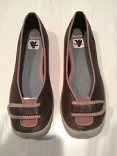 ***NEW*** Cushe Women Ballerina Shoes Size 6 U.S. Black with Teal Leather.