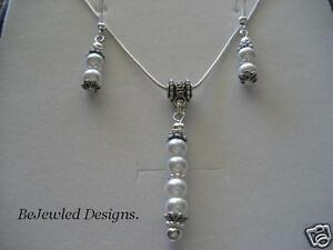 White Glass Pearl Pendant Necklace with matching Earring Set