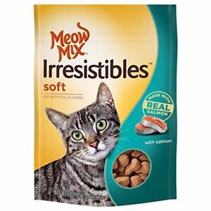 Meow Mix Irresistibles Soft Salmon Treats for Cats 3 ounces
