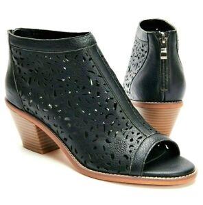 TS shoes TAKING SHAPE sz 10 / 41 The Ultimate Sandal wide fit comfy NIB!