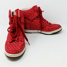 350396e485b6 NIKE Women s DUNK SKY HI PRINT HYPER RED SAIL WHITE GUM BROWN 543258-600  Size