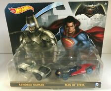 Hot Wheels BATMAN vs SUPERMAN Armored Batman Batmobile & Man Of Steel Car (2015)