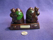 Brown Lusterware Squirrel Acorn Salt and Pepper Shakers Stand Quality         68
