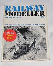 RAILWAY MODELLER VOLUME 35 NUMBER 375 JANUARY 1982 - DWFFYRS JUNCTION