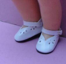 1 paire chaussure blanche 9cm poupée ancienne ou contemporaine.DOLL SHOES
