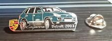 PORSCHE Cayenne PIN Detroit 2003 SMALTATO-MISURA 38x17mm