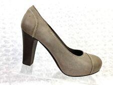 52c422a0d33 Women s Audrey Brooke Suede  Leather Heel Pump- Size 9M