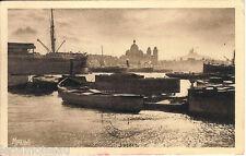 Carte postale, MARSEILLE, Port de la joliette, écrite au revers en 1932.