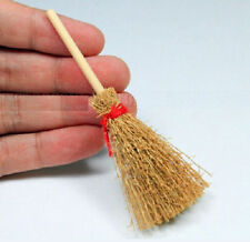 FD3430 Wooden Broom Wicca Witch Garden 1:12 Dollhouse Miniature Accessory Gift