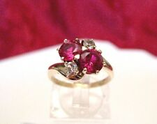 KSK 10K YELLOW GOLD ROUND RUBY GEM CLUSTER ACCENTS RING SIZE 6.75