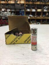 Caja de Fusible van UK eléctrico Nuevo Pack de 4 X 2A Amp 20mm Vidrio Fusibles Auto Moto