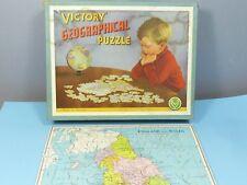"""Vintage Victoire wooden jigsaw modèle M.2. """"géographique"""" ANGLETERRE & PAYS DE GALLES VN En parfait état, dans sa boîte"""