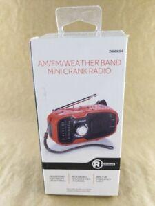 RadioShack Mini Am/fm Weather Crank Radio