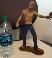 1/6 Bloody version Zombie resin statue