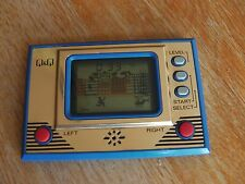 """Lcd game Q & Q """" King kong """" game watch"""