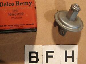 OE 1938 1939 1940 Studebaker President Vacuum Control Distributor ~ 1866952