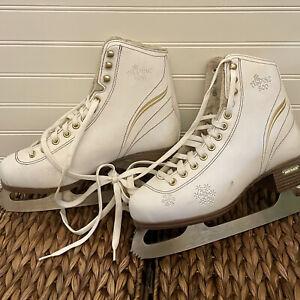 Women's White Ice Skates Size 6 Alpine 800 Lake Placid 9 1/3 Lace Up