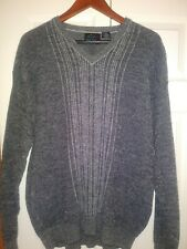 Greg Norman Men's Large Gray V-Neck Pullover Sweater