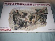 DRAGON 1/35 Panzerjagers (Eastern front 1944) tank hunters