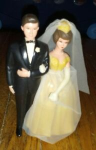 Vintage Wilton Bride Groom Wedding Cake Topper Brown Hair Couple classic 1970s