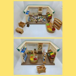 SYLVANIAN FAMILIES Supermarket / Village Store with lots of accessories