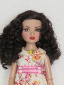 Tonner First Essential Basic Brunette Ellowyne ~nude no box~ Stand included
