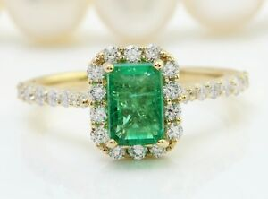 2.28 Carat Natural Colombian Emerald and Diamonds in 14K Yellow Gold Women Ring