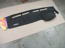 Dash Mat suit ISUZU DMAX  MID 2012 ON - with centre dash compartment -