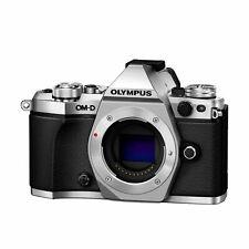 Olympus OM-D E-M5 Mark II  Gehäuse / Body C-Ware nur 11588 Auslösungen silber