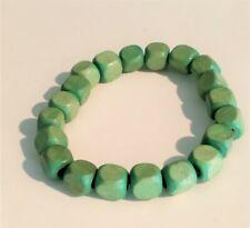 Pulsera bolitas cuadradas verdes elastica