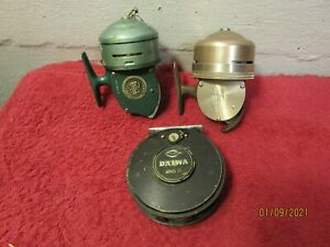Lot of 3 Vintage Fishing Reels Daiwa 232 Heddon 70 Shakespeare Wondercast 1797