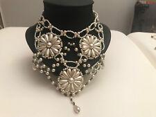 Collier très chic ! Ras de cou en perles nacrées pour robe de soirée, mariage...