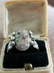 Interesting Silver Plated Pink Speckled Agate Stone Ring