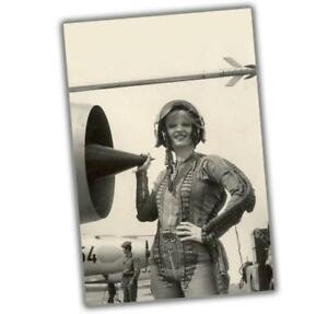 "Korea War Woman near the engine girl in pilot costume Size ""4 x 6"" inch ζ"