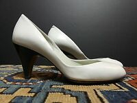 Vintage Women's Sesto Meucci Ivory Leather Peep-Toe Pump Sz. 5.5M