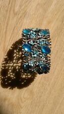 Ladies cuff style bangle/bracelet set with turquoise coloured glass stones