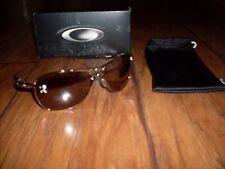 NEW Men s Oakley Crosshair OO4060-02 Silver Square Sunglasses 70723aef8