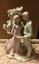 Beautiful Valencia Collection Roman Porcelain 2003 Lady And Man Figure By Tree