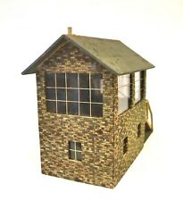 AB913: Scratch or Kit Built  0 Gauge Wooden Signal Box