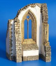 PLUS MODEL GOTIC CATHEDRAL WINDOW RUINS Scala 1:35 Cod.PL182